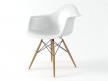 Eames Plastic Armchair DAW 2