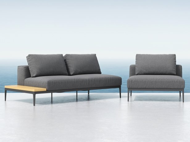 Outdoor Single & Double Seating Element 1