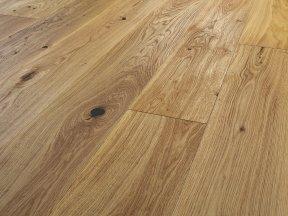 Rustic Solid Oak Flooring with Big Knots