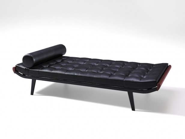 Cleopatra Daybed 3