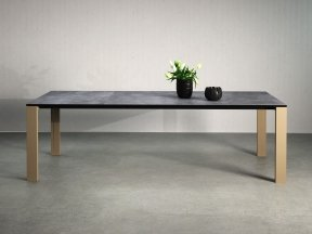Naia Extendable Dining Table