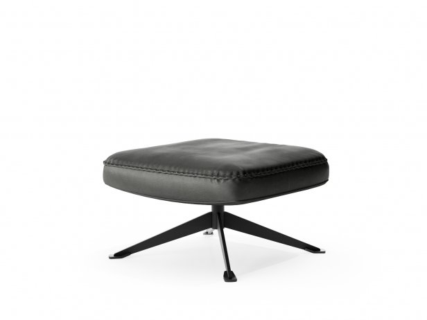 DS-31/105 Footstool 2
