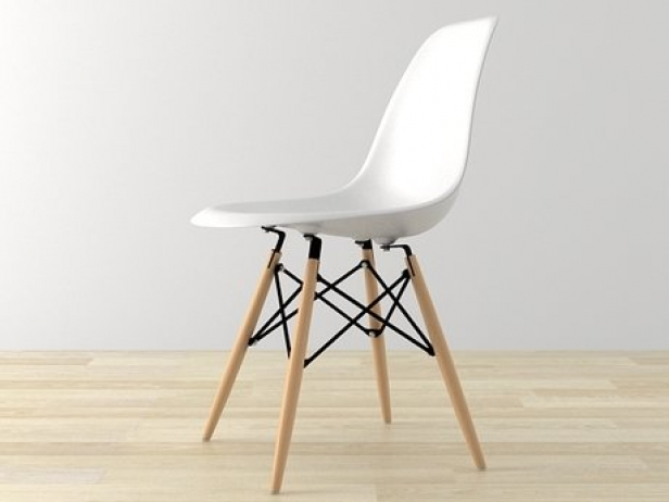 Eames Plastic Chair DSW 3