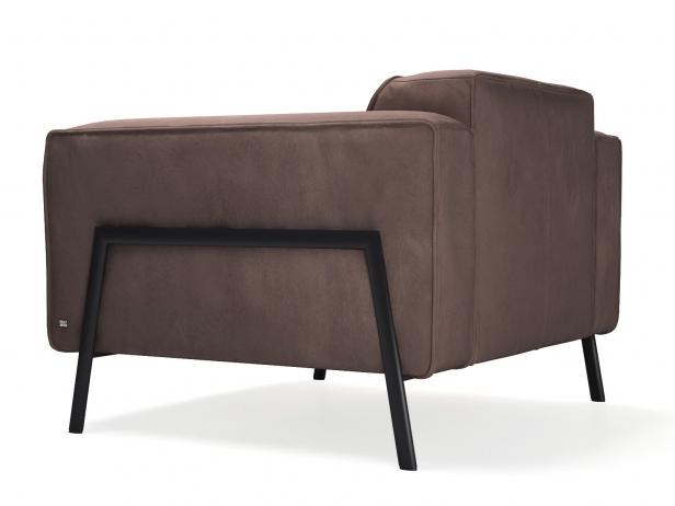 Bacio Armchair 5