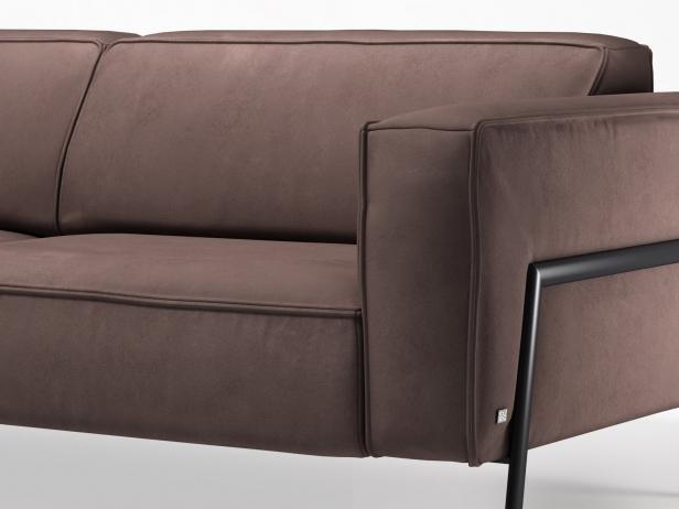 Bacio Sofa 227 8