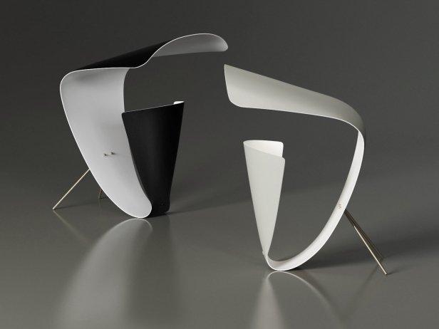 B201 Desk Lamp 1