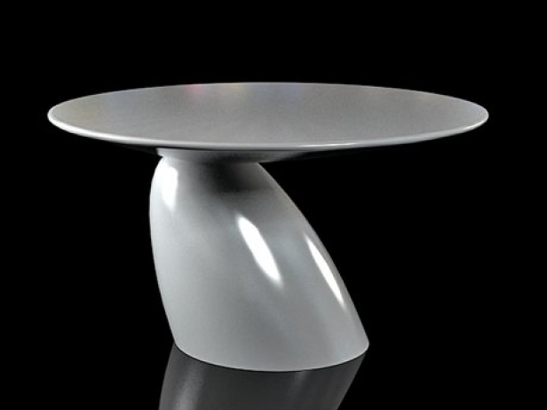 Parabel Dining Table 2