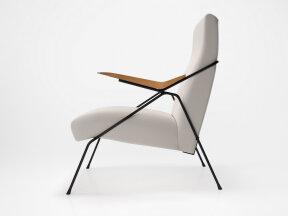 Monika Lounge Chair