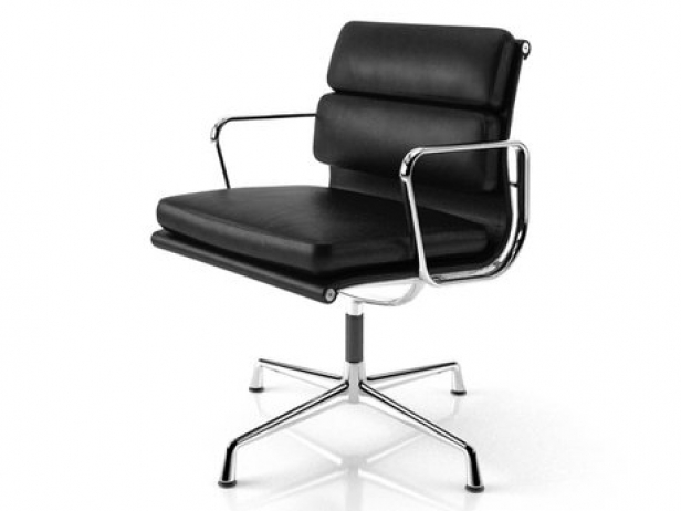 Eames soft pad side chair 3