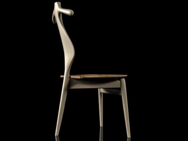 PP250 Valet Chair 2