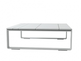 Flat low tables