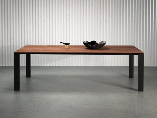 Naia Extendable Dining Table 1