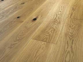 Natural Solid Oak Flooring with Big Knots