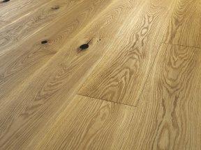 Natural Solid Oak Flooring with Big Knots