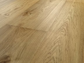 Natural Solid Oak Flooring with Small Knots