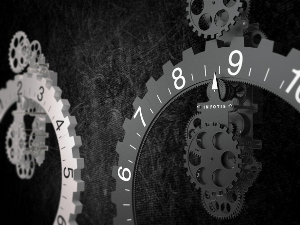 Big hour wheel clock 7