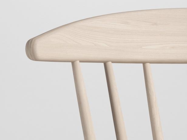 J104 Chair 5